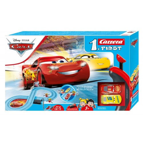 Circuito Carrera First Disney Cars Race of Friends