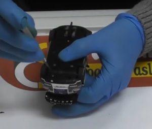 desmontar chasis Como digitalizar un coche de Carrera Evolution